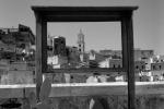 Юрий Аввакумов сложил выставку из фотографий башен