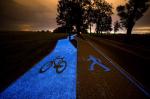 В Польше проложили светящуюся в темноте велодорожку