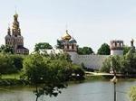 На древних стенах Новодевичьего монастыря в Москве обосновался сайдинг, заметили прохожие
