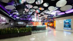 Интерьеры общественных зон кинотеатра «Люксор IMAX» в Сочи