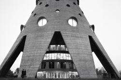 Советский модернизм: 10 зданий, которые вы считаете уродством, а мы — красотой