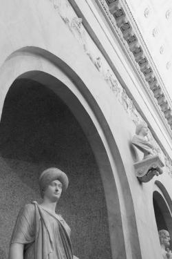 После 9-летней реставрации в Ватикане открылась галерея Браччо-Нуово, ключевой памятник итальянского классицизма