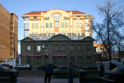 Офисное здание на ул. Большая Печёрская