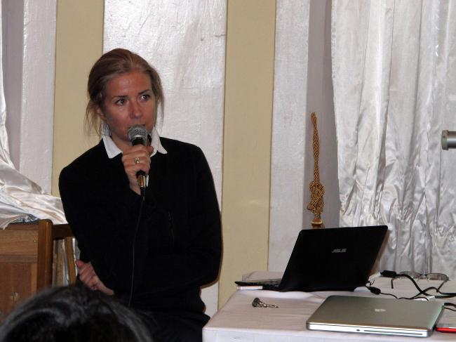 Анна Броновицкая на пресс-клубе «Архнадзора». Фото Натальи Самовер