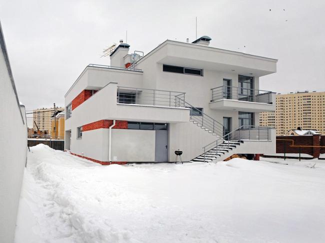 Частный жилой дом, ООО «Истра НН»