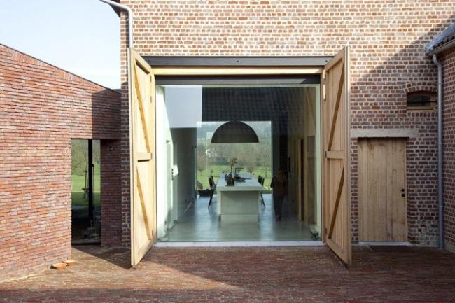 Первое место в номинации «Дом для одной семьи» - Rabbit Hole. Архитекторы Bart Lens, Hasselt (Гаасбек, Бельгия).
