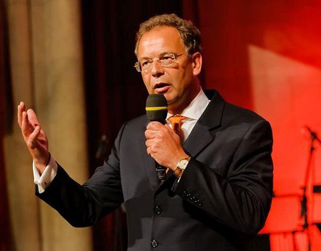 Приветственное слово  генерального директора Wienerberger AG Хаймо Шойха. Фотографии Wienerberger AG.