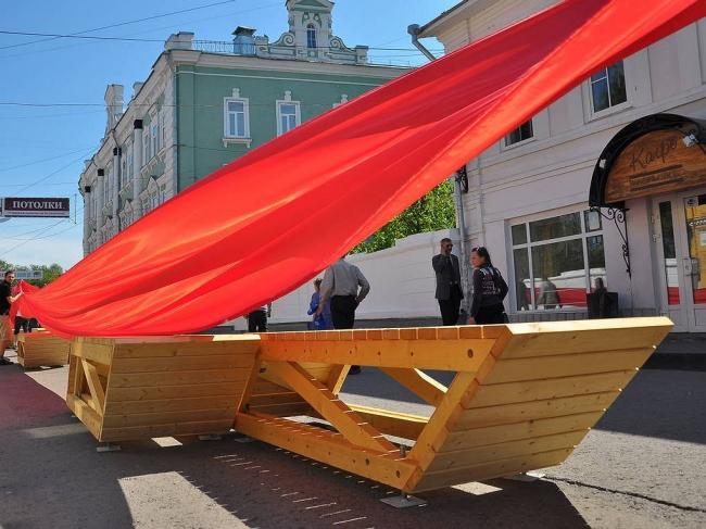 Вологда. Торжественное открытие «Бульвара раскладушек». 16 мая 2012 г