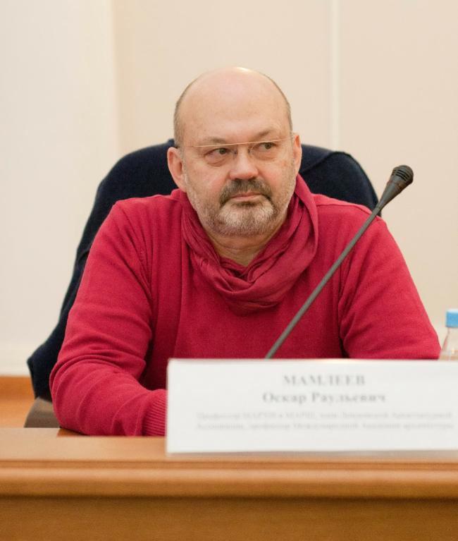 Оскар Мамлеев на семинаре в Тюменском государственном архитектурно-строительном университете. Фото: Александр Гуртовой