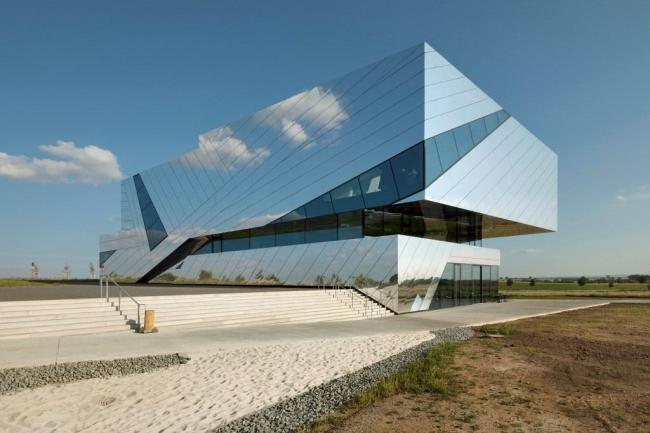 Исследовательский и посетительский центр Paläon. Фото: Jan Bitter © Holzer Kobler Architekturen