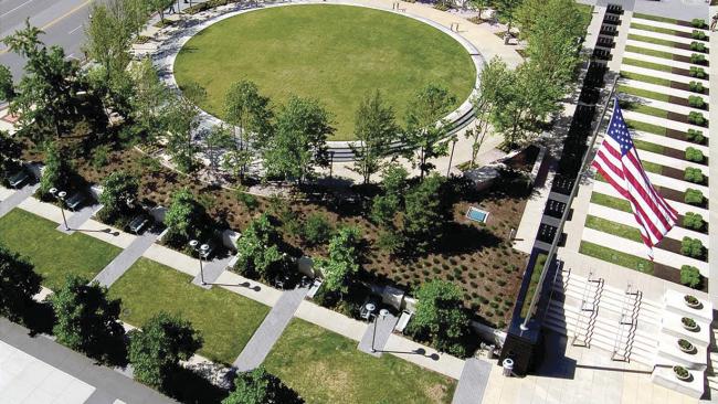 Мемориальный парк памяти павших героев. Город Клэйтон, США. Работа из портфолио HOK International Ltd. (Великобритания, Лондон) © HOK International Ltd.