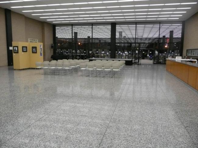 Мемориальная библиотека Мартина Лютера Кинга. Фото:  Pedro Layant via Flickr
