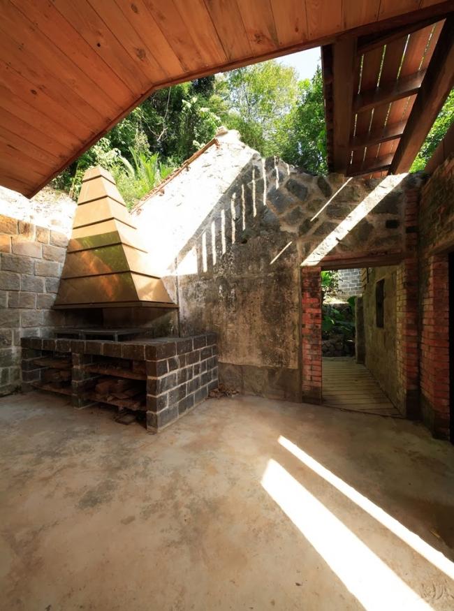 Дом Ultra-ruin © AdDa Zei