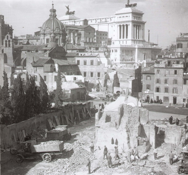 Раскопки на Римском Форуме. 1931. Источник: romasparita.eu