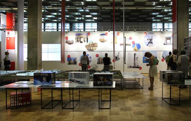 Проект «Конкурсы» на Арх Москве 2014 (куратор Елена Гонсалес, дизайнерИлья Мукосей). Фотография Юлии Тарабариной