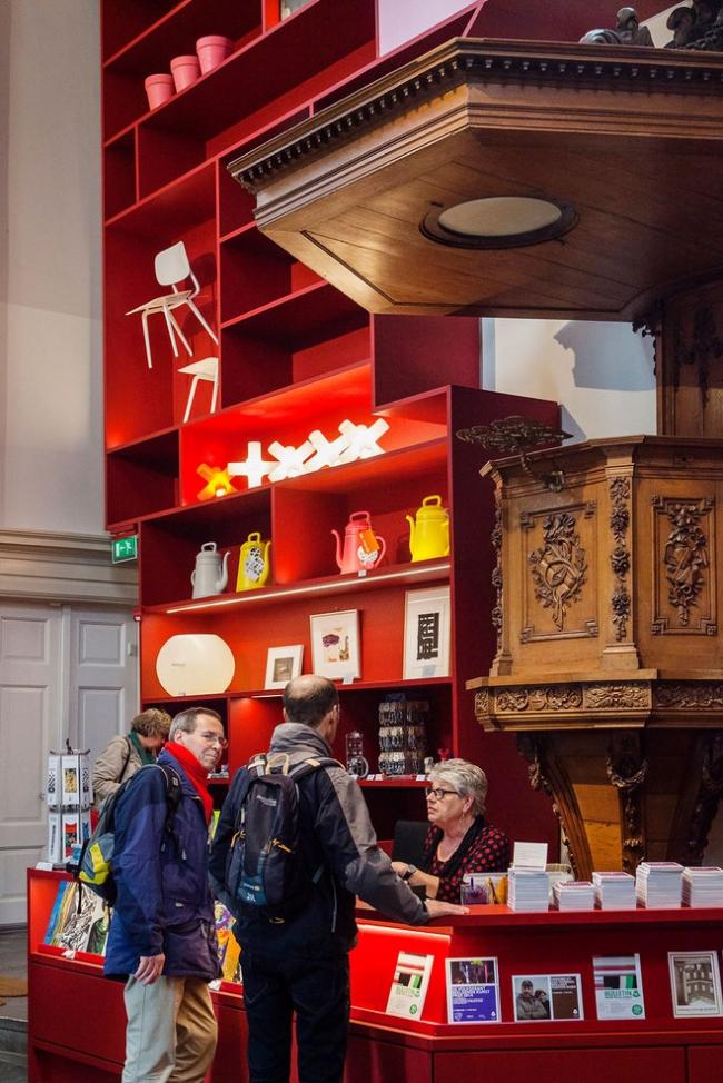 Вестибюль Музея Стеделейк в Схидаме © Scagliola/Brakkee