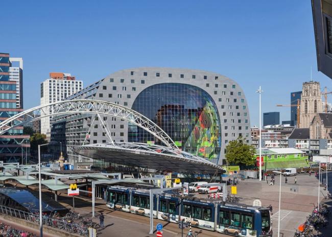 Крытый рынок и ЖК 2в1 Markthal в Роттердаме