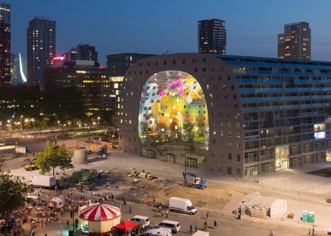 Дизайн арки ЖК и крытого рынка Markthal в Роттердаме