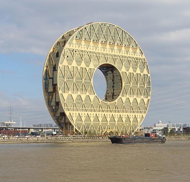 Китай хочет покончить со «странной архитектурой» зарубежных звезд