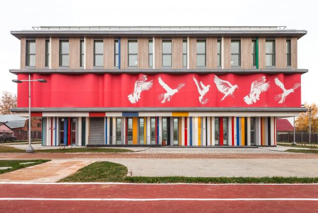 Школа в Мамонтовке. Реализация, 2013. Фотография © ADM