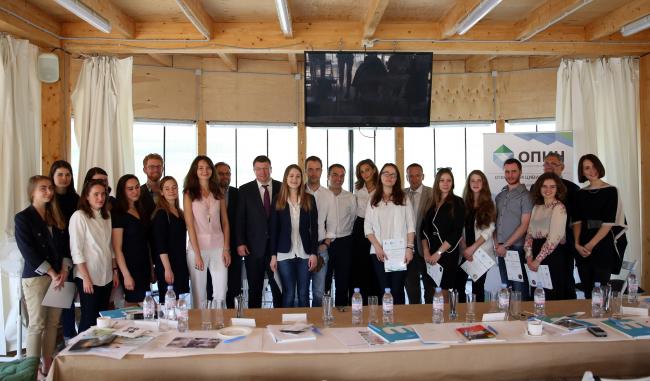Участники, жюри и организаторы конкурса. Фотография предоставлена организаторами конкурса
