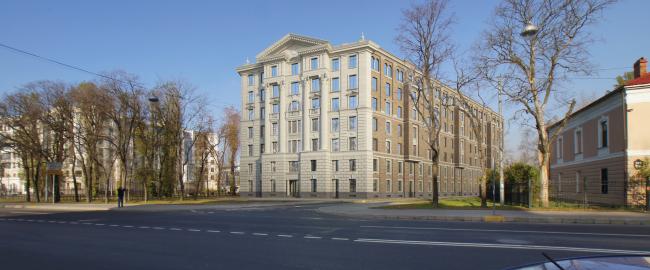 Многоквартирный дом со встроенными помещениями на Морском проспекте. Проект, 2014 © Евгений Герасимов и партнеры