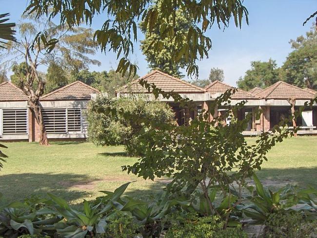 Мемориальный центр Ганди в Ахмадабаде. 1958–63. Фото: Nichalp. Лицензия: Creative Commons Attribution-Share Alike 2.5 Generic