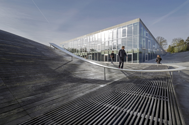 Средняя школа Гаммель-Хеллеруп © Jens Lindhe