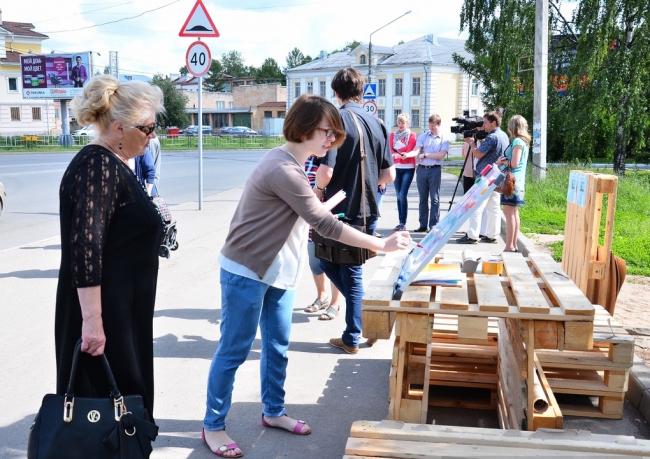 Остановка, удостоенная всероссийской премии АРХИWOOD в номинации «Дизайн городской среды» в 2015 году. Фото предоставлено организаторами форума  «Социальные инновации. Лига молодых»