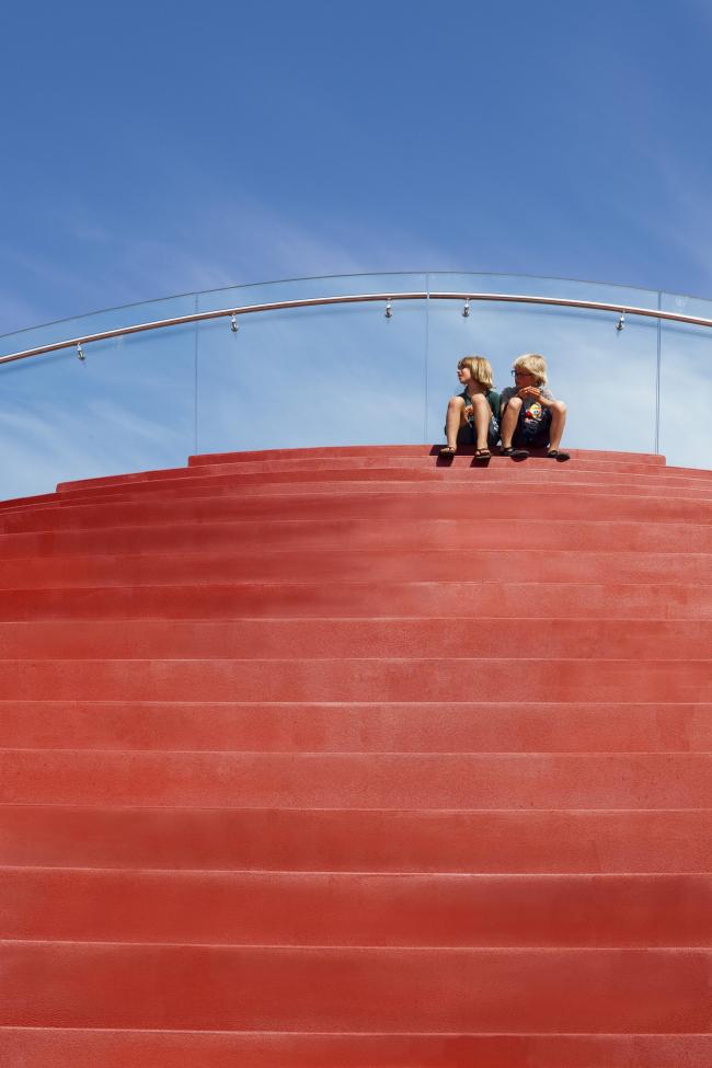 Теннисный клуб The Couch © Daria Scagliola & Stijn Brakkee