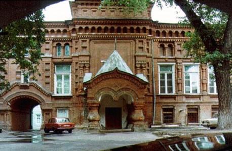 Сегодня открылось обновленное здание театра «Геликон-опера»