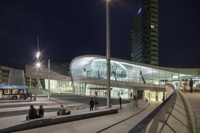 Терминал Центрального вокзала Арнема © Ronald Tilleman