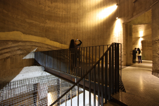 Биеннале урбанистики и архитектуры UABB-2015. Башня-элеватор. Фотография © Андрей Асадов