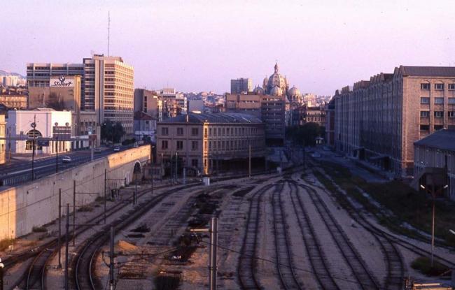 Грузовой двор позади «Марсельских доков». Фото 1970-х гг. © EPA Euroméditerranée