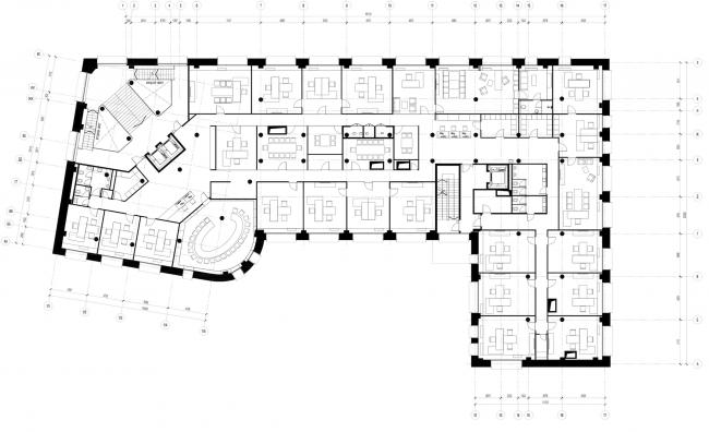 Реконструкция здания бывшей фабрики-кухни на ул. Новокузнецкая. План 3 этажа © Kleinewelt Architekten
