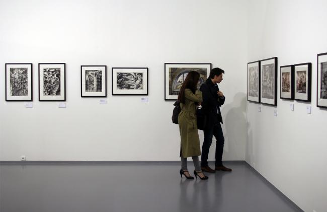 """Выставка """"Проект SPEECH"""", зал SPEECH-2, графика Сергея Чобана. Фотография © Юлия Тарабарина, Архи.ру"""