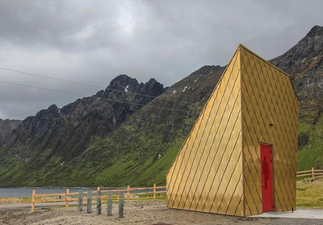 Tupelo Arkitektur. Туалет на маршруте Эрсфьордстранда. 2015. Фото © Per Ritzler / Statens vegvesen