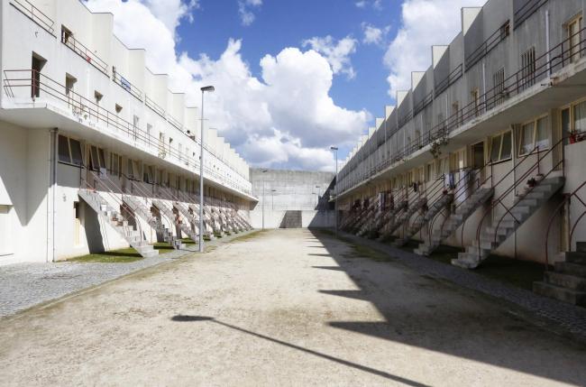 Жилой комплекс Байру-да-Боуса Алваро Сизы в Порту © Nicolò Galeazzi