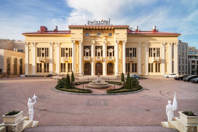 Курортный комплекс «КАМЕЛИЯ»: Отель Swissotel Resort Sochi Kamelia 5* и апартаменты, Сочи. Реконструкция – «Галс-Девелопмент», «Гинзбург Архитектс»