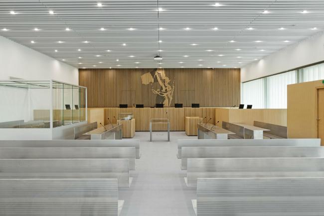 Здание суда в Кане © Vincent Fillon