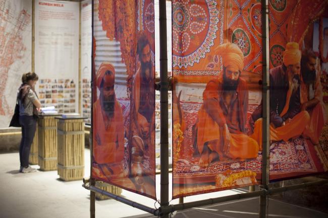 Экспозиция о Кумбха-Мела. Авторы Рахуль Мехротра и Фелипе Вера © Italo Rondinella