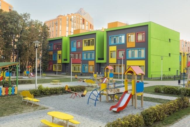 Учебный комплекс на территории жилого квартала «Комфорт-таун»». Блок детского сада. Постройка, 2014 © Архиматика