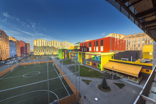 Учебный комплекс на территории жилого квартала «Комфорт-таун». Постройка, 2014 © Архиматика