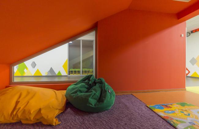 Начальная школа в составе учебного комплекса на территории жилого квартала «Комфорт-таун». Постройка, 2014 © Архиматика