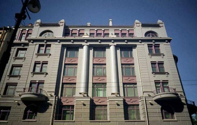 Жилой дом на Каменноостровском проспекте. Постройка, 2000 © Евгений Герасимов и партнеры