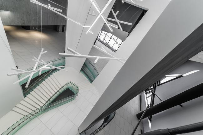 Интерьеры вестибюля и музея спортивного комплекса хоккейного клуба СКА. Реализация, 2016 © А.Лен