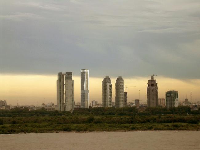 Проект небоскреба в районе Пуэрто-Мадеро в Буэнос-Айресе © Mangado y Asociados