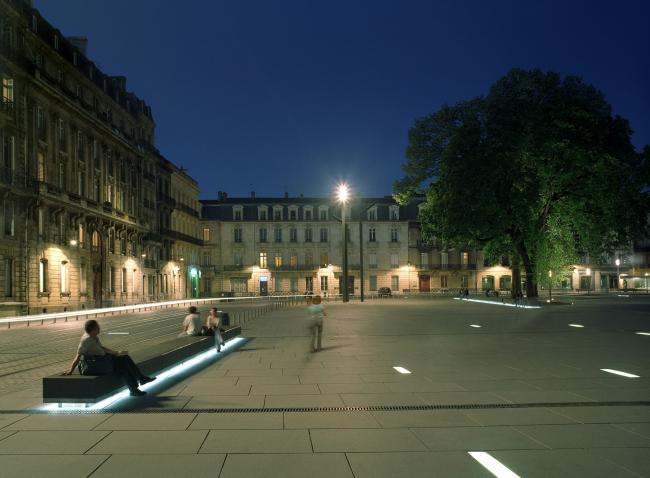 Площадь Пе-Берлан в Бордо © Christian Desile