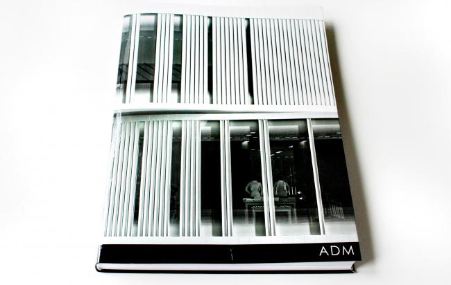 ADM architects: книга, изданная бюро в 2016 году к 10-летнему юбилею. Фотография © Юлия Тарабарина, Архи.ру