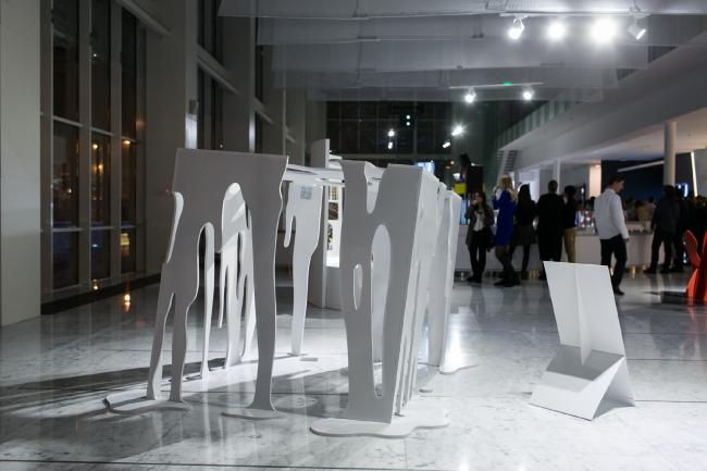 Абстрактная скульптура. Автор:  Евгений Желваков